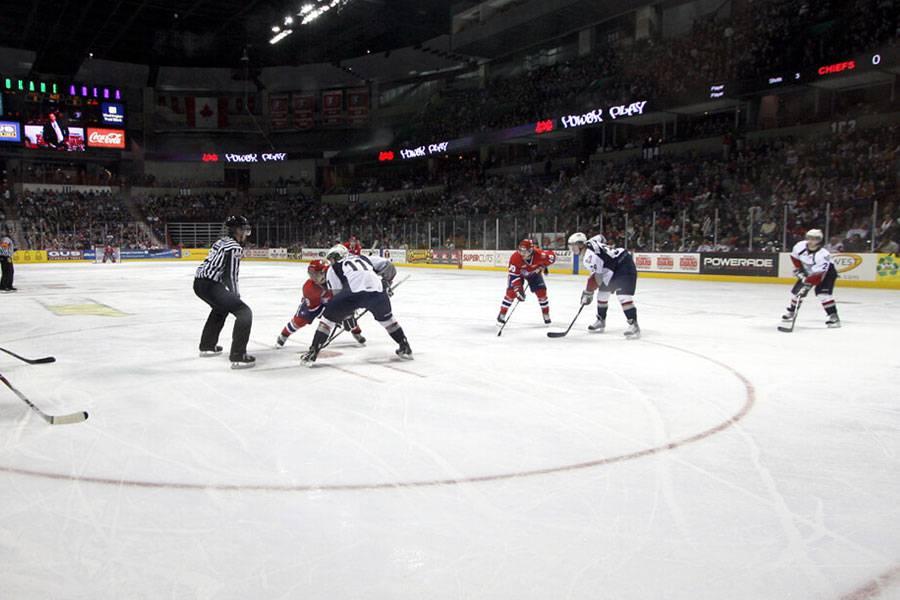 ice-hockey_equipment_01_20201007151751.jpg