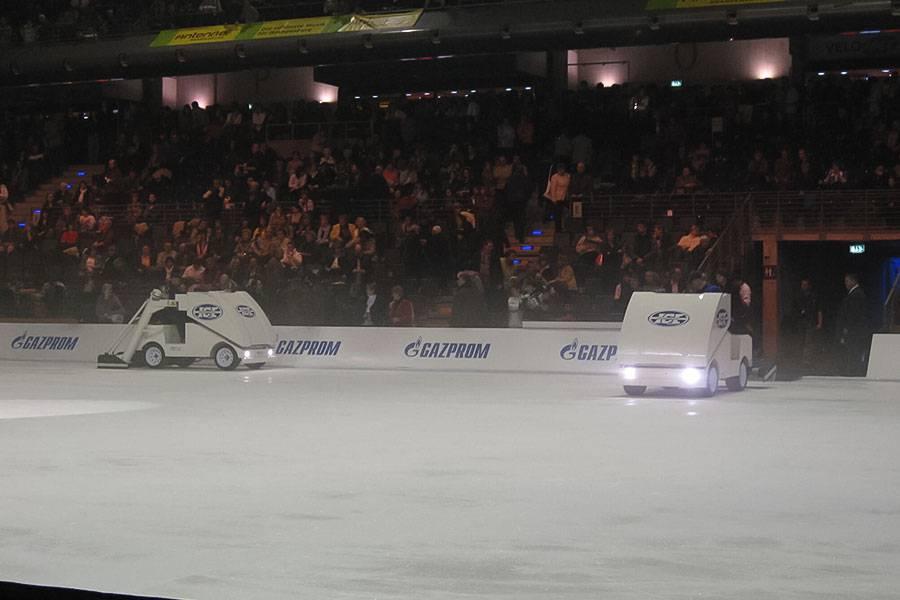 ice-rink-maintenance_01_20201014130830.jpg