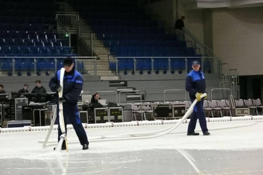 ice-rink-maintenance_03_20201014130833.jpg