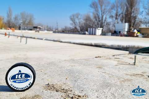 Neue Eishockefläche für den Pesterzsebeti Hockey Club in Budapest