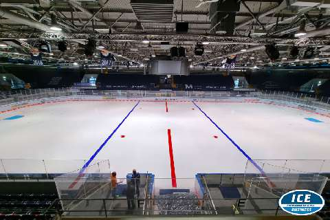 Neue Eisfarben im Olympia Eisstadion München